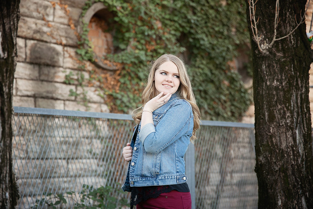 Jackson Michigan senior portrait photographer