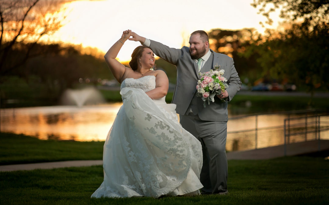 Cascades Manor Wedding in Jackson, Michigan | Matt & Danielle